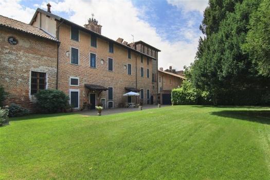 realmente-realestate-fpt533-villa-castello-galliate-piemonte-italia-6