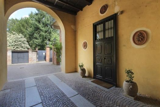 realmente-realestate-fpt533-villa-castello-galliate-piemonte-italia-7