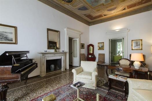 realmente-realestate-fpt533-villa-castello-galliate-piemonte-italia-9