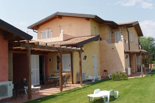 realmente-realestate-rr034-appartamento-villaggio-golf-resort-manerba-del-garda-lombardia-italia-2