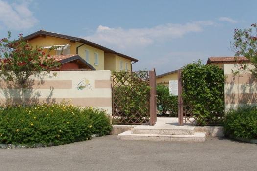 realmente-realestate-rr034-appartamento-villaggio-golf-resort-manerba-del-garda-lombardia-italia-7