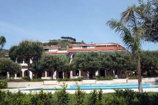 realmente-realestate-rr132-appartamento-delta-club-capo-vaticano-calabria-italia-8
