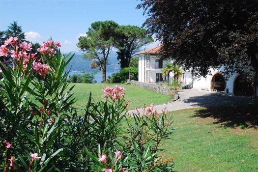 realmente-realestate-fpt634-villa-leggiuno-lombardia-italia-1