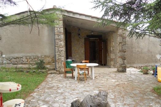 realmente-realestate-rr159-vrijstaand-huis-guardea-terni-umbria-italia-2