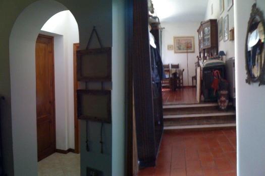 realmente-realestate-rr159-vrijstaand-huis-guardea-terni-umbria-italia-7