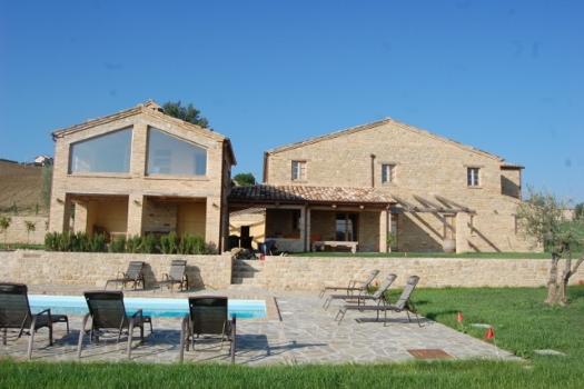 realmente-realestate-vr252-villa-monte-san-martino-le-marche-italia-4