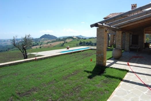 realmente-realestate-vr252-villa-monte-san-martino-le-marche-italia-6