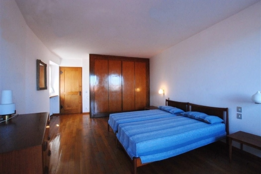 realmente-realestate-fpt536-vrijstaand-huis-belgirate-piemonte-italia-3
