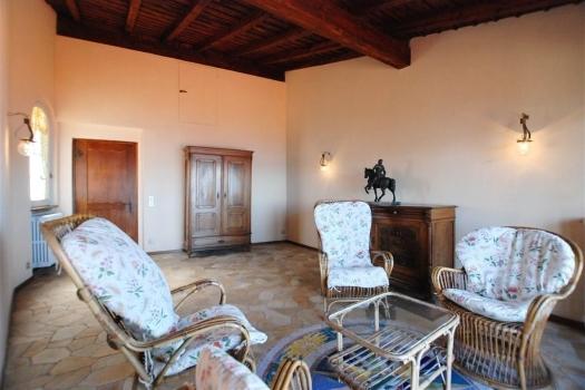 realmente-realestate-fpt536-vrijstaand-huis-belgirate-piemonte-italia-9