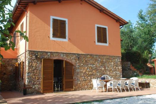 realmente-realestate-rr201-villa-camaiore-lucca-toscana-italia-2