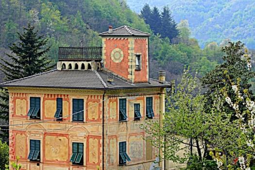 realmente-realestate-rr207-villa-favale-di-malvaro-liguria-italia-1